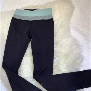 Lululemon Yoga Legging Pants Size 2